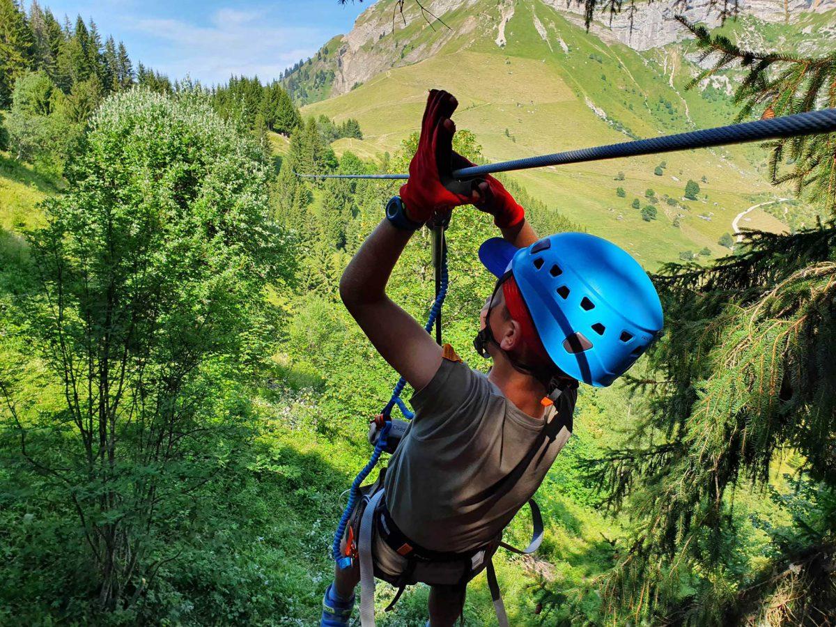 Randonnée Tyroliennes accès au col avec 2 tyroliennes à 11h descente en fin de journée